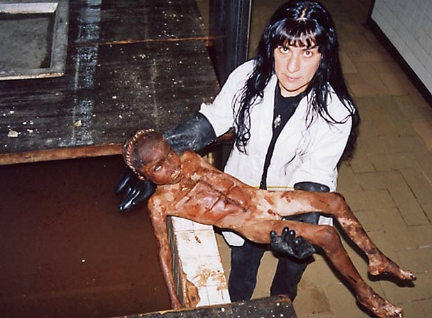 Figure 5. Autorretratos en la morgue (Self portraits in the morgue) (1998), photographic series, by Teresa Margolles and SEMEFO. Courtesy of Galería Labor, Mexico City, Mexico.